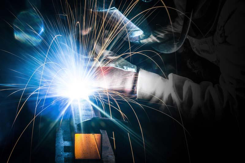<strong>НЕК</strong> възлага доставка на машина за индукционно заваряване