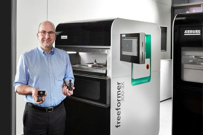 Arburg демонстрира иновативни решения за дигитализираната фабрика на Hannover Messe 2019