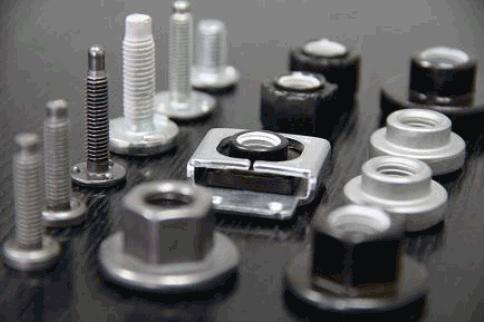 Китайски производител на крепежни елементи търси дистрибутори