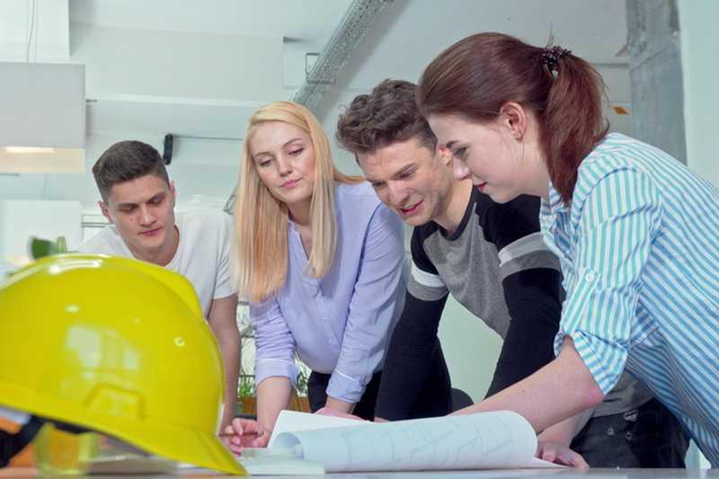 <strong>Хайкад</strong> <strong>Инфотех</strong> представя УХТ-Пловдив в безплатен уебинар за кандидат-студенти