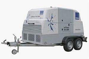 Почистващи агрегати URACA JET POWER 180