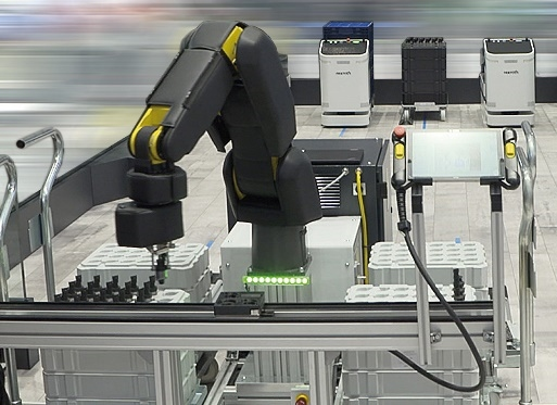 APAS асистент за поточни линии от Bosch Rexroth