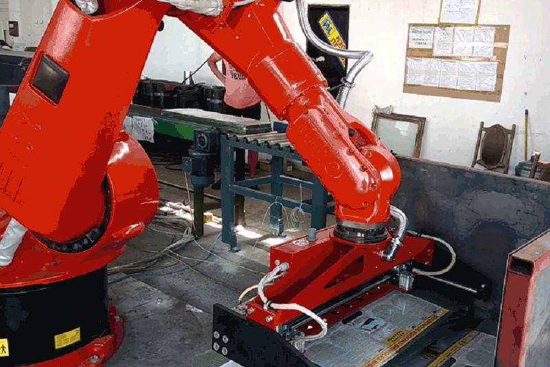 Спейскад и Спесима предлагат решения с роботите на KUKA и NX CAM Robotics