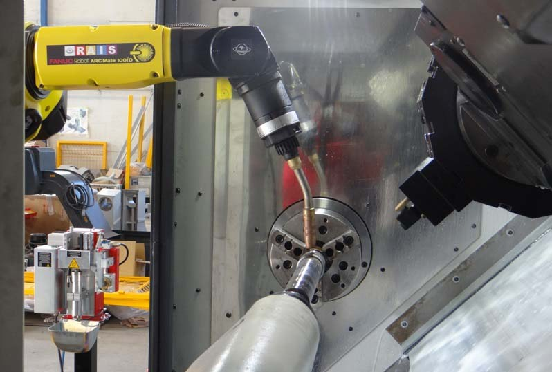 РАИС представи нов CNC струг със заваръчен робот