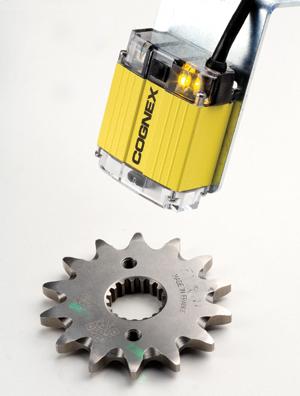 Предлагаме широка гама сервозадвижвания, CNC управления и роботи за машиностроенето