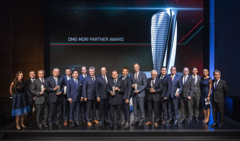 DMG MORI отличи партньорите си по време на <strong>EMO</strong> <strong>Hannover</strong>