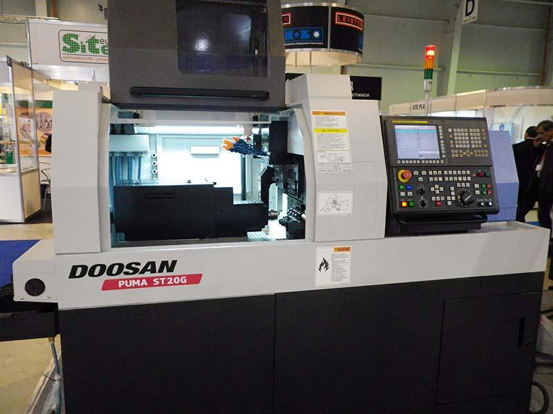 ЛАЗАТЕК представя нов високопрецизен стругов център на DOOSAN