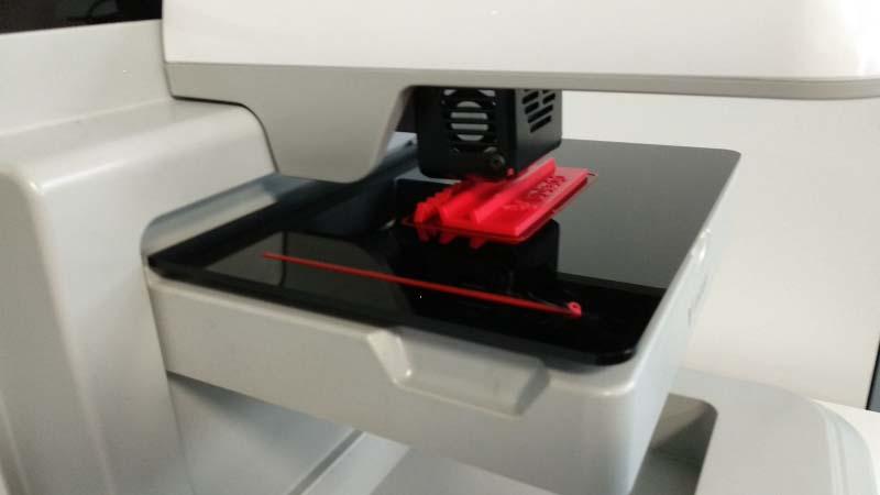 Испански производител на 3D принтери търси бизнес партньори